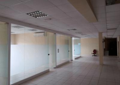 Nave y Oficinas Polígono Asipo - Llanera. Mamparas
