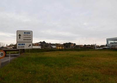Parcela 7000 - Polígono Porceyo - Gijón. Acceso Autovía