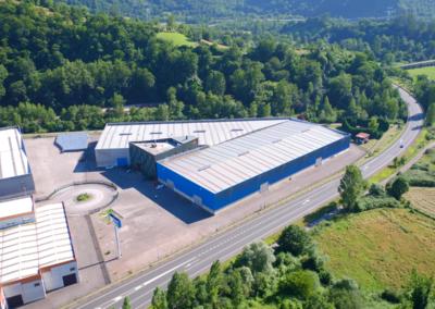 Conjunto Naves Industriales Logísticas - Polígono Olloniego - Oviedo. Vista aérea 2