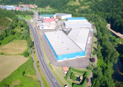 Conjunto Naves Industriales Logísticas - Polígono Olloniego - Oviedo. Vista aérea 5